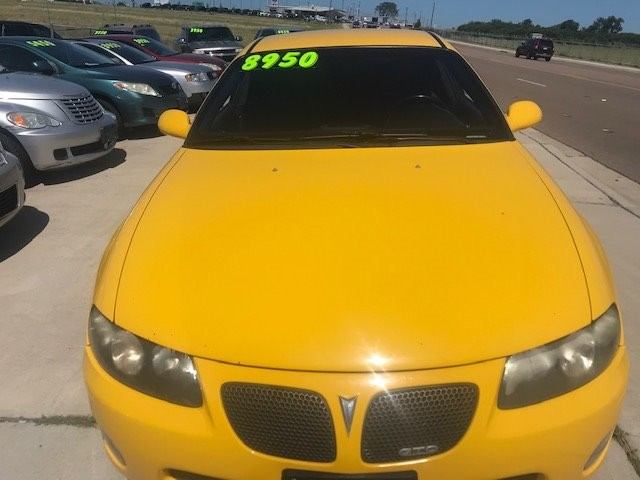 Pontiac GTO 2004 price $8,950