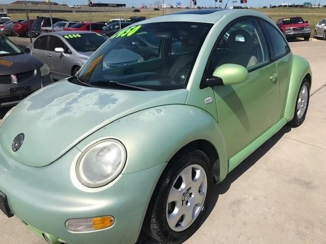 Volkswagen New Beetle 2002 price $2,450