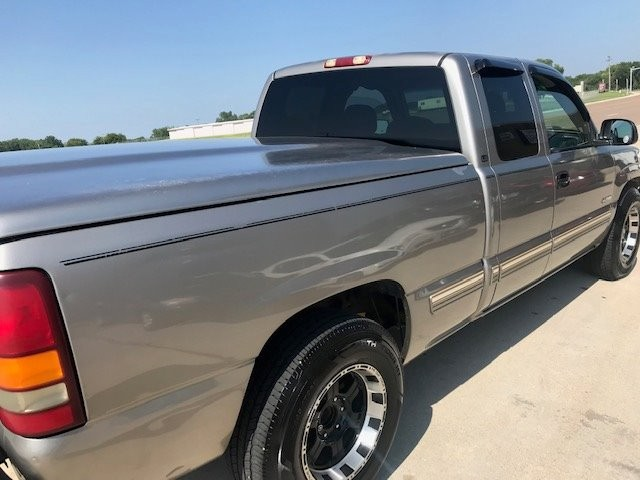 Chevrolet Silverado 1500 2001 price $3,950