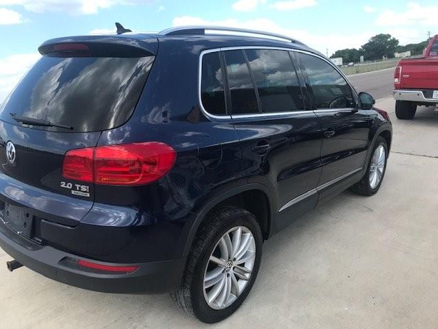 Volkswagen Tiguan 2012 price $7,550