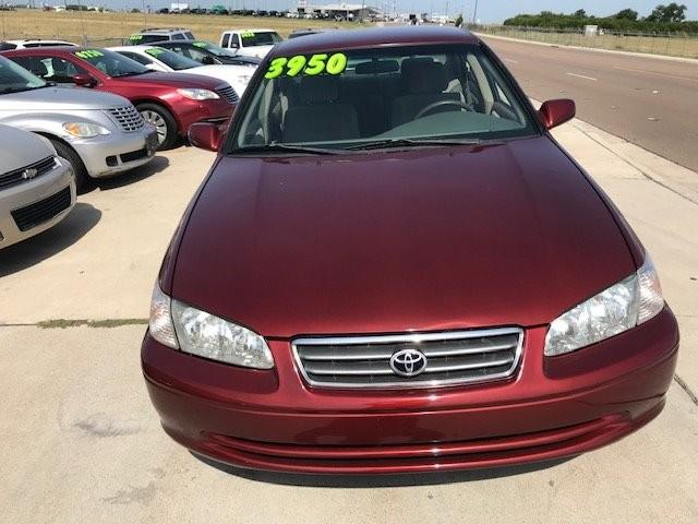 Toyota Camry 2001 price $3,950