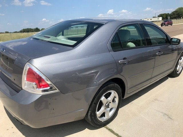 Ford Fusion 2006 price $3,650