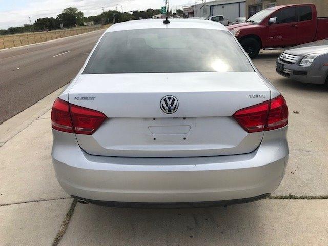 Volkswagen Passat 2014 price $6,550
