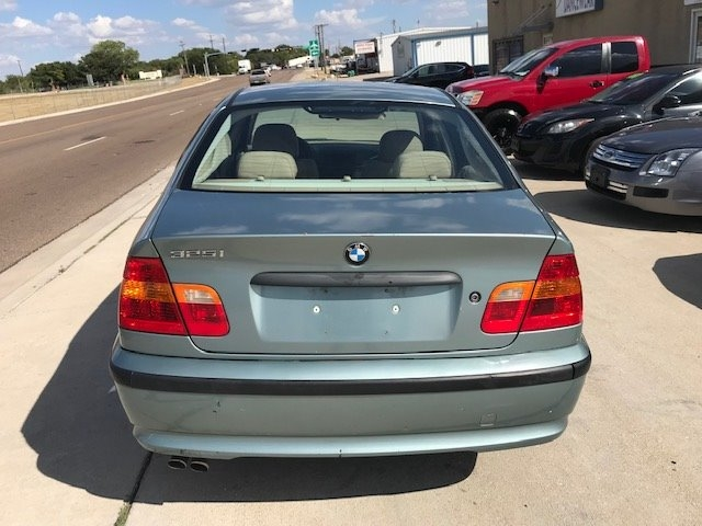 BMW 3-Series 2002 price $2,950