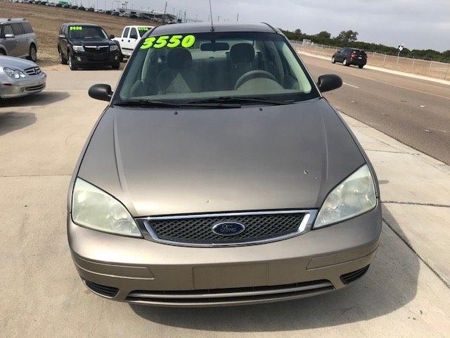 Ford Focus 2005 price $3,550