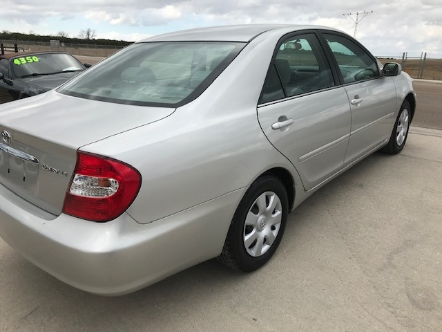 Toyota Camry 2004 price $3,250