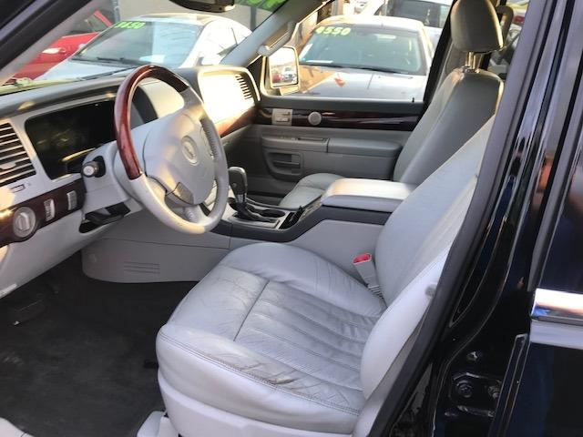 Lincoln Aviator 2005 price $4,650