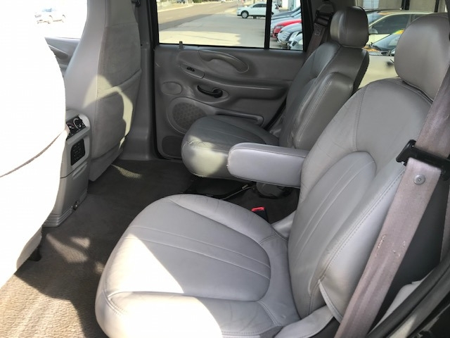 Ford Expedition 2002 price $4,550