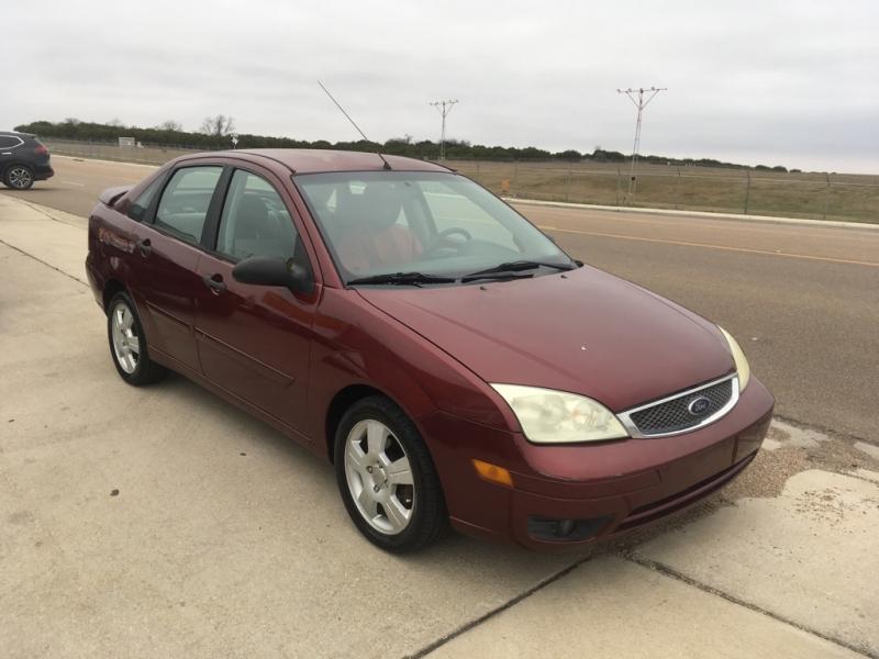 Ford Focus 2006 price $3,550