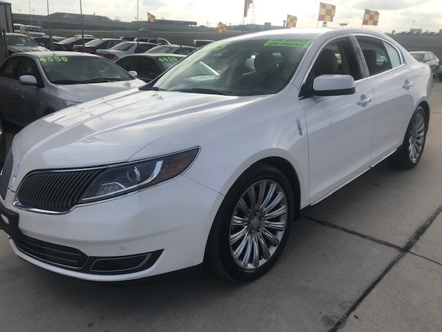 Lincoln MKS 2014 price $17,995