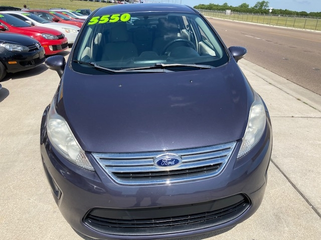 Ford Fiesta 2013 price $5,550