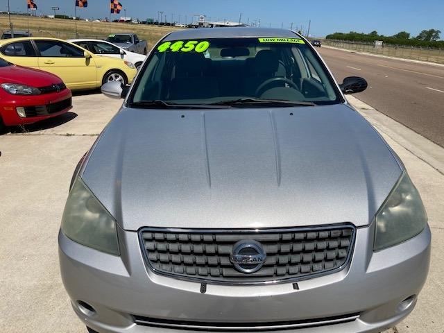 Nissan Altima 2005 price $4,450