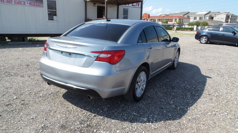 CHRYSLER 200 2014 price $5,499
