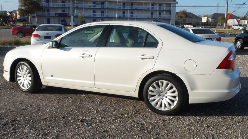 FORD FUSION 2011 price $4,999