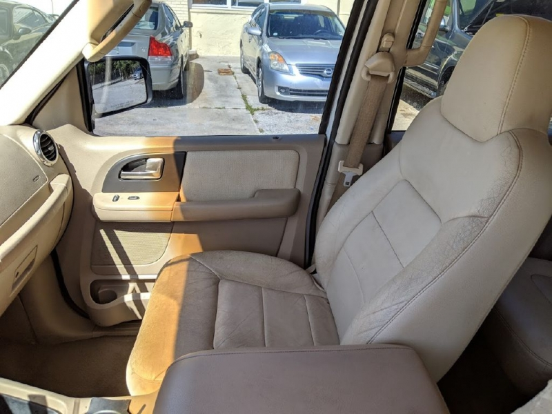 FORD EXPEDITION 2003 price $1,991