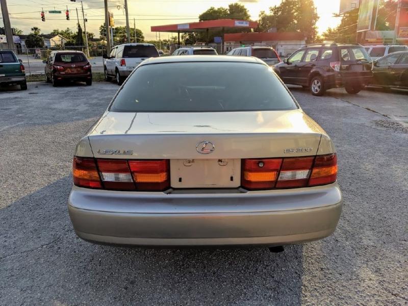 LEXUS ES 1997 price $1,991