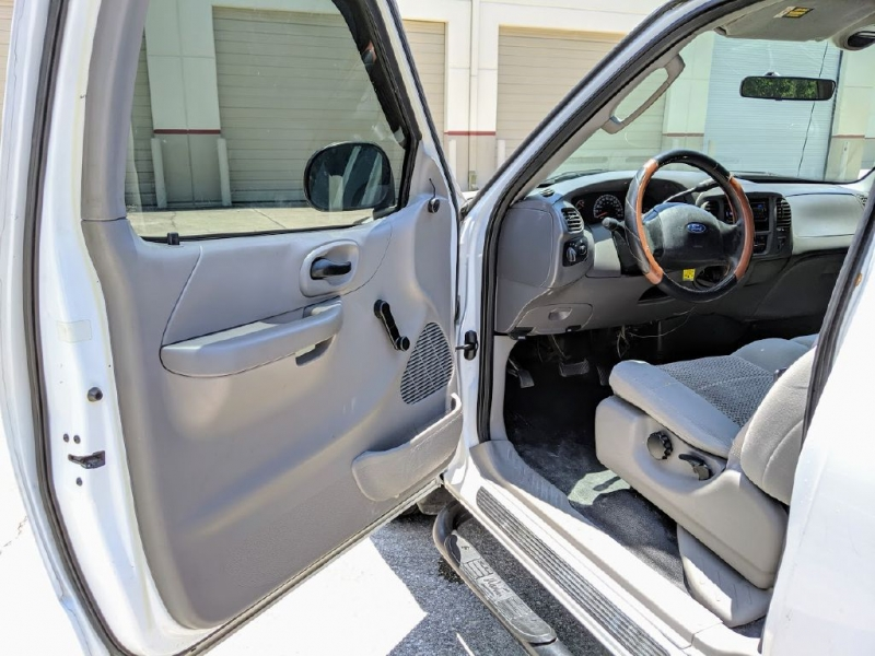 FORD F150 2003 price $3,501