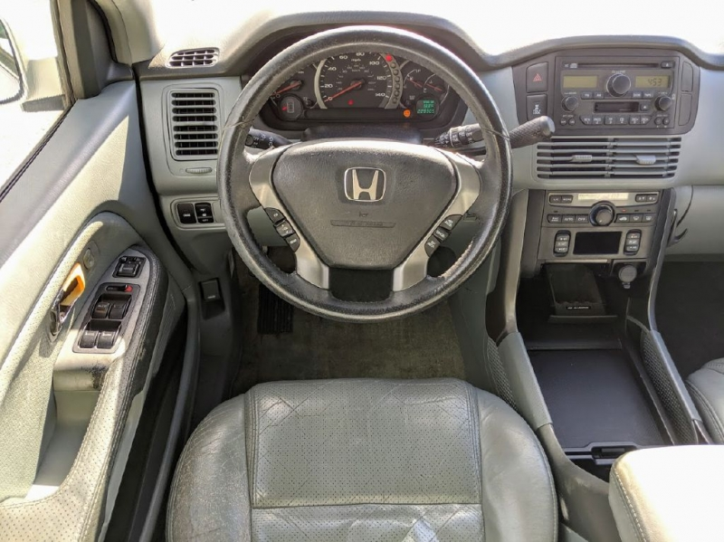 HONDA PILOT 2004 price $2,500