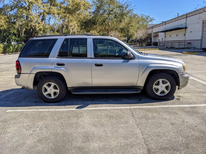 CHEVROLET TRAILBLAZER 2006 price $2,999