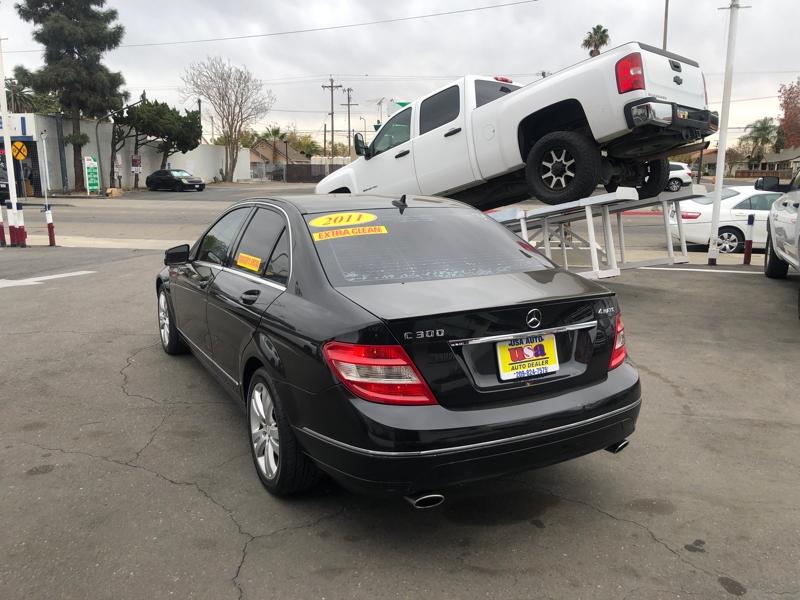 Mercedes-Benz C-Class 2011 price $9,500