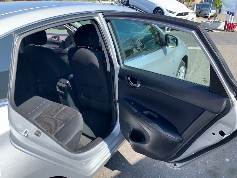 Nissan Sentra 2016 price $7,599