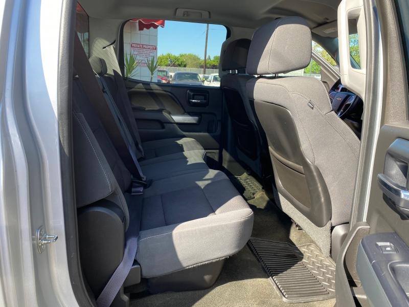 Chevrolet Silverado 2500HD Built After Aug 14 2015 price $32,995