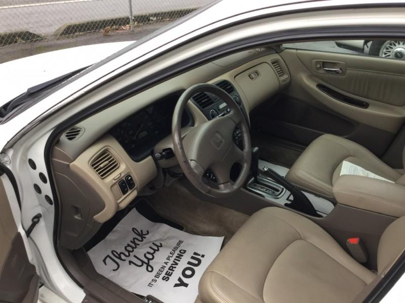 Honda Accord 2002 price $5,988