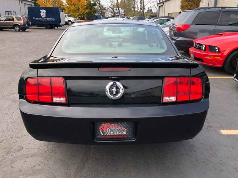 Ford Mustang 2007 price $7,495