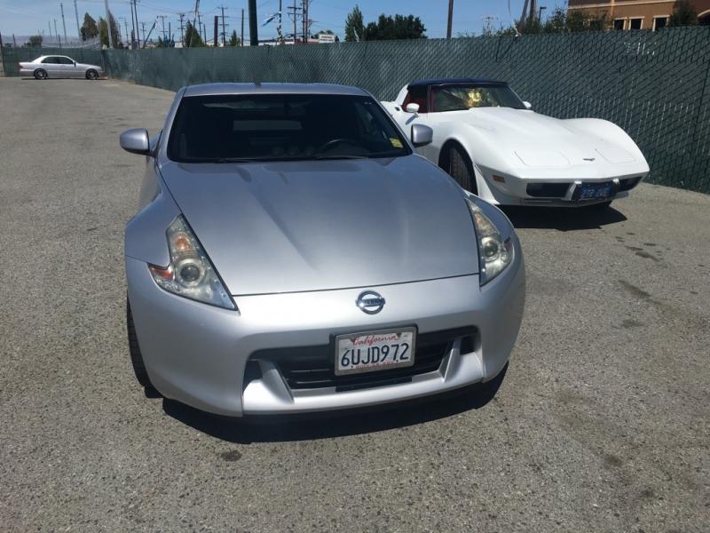 Nissan 370Z 2011 price $17,500