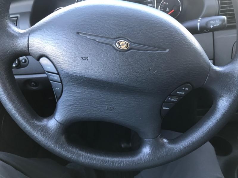 Chrysler Sebring 2004 price $2,995