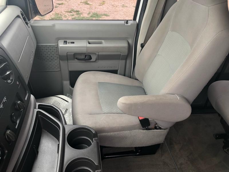 Ford Econoline Wagon 2014 price $18,995
