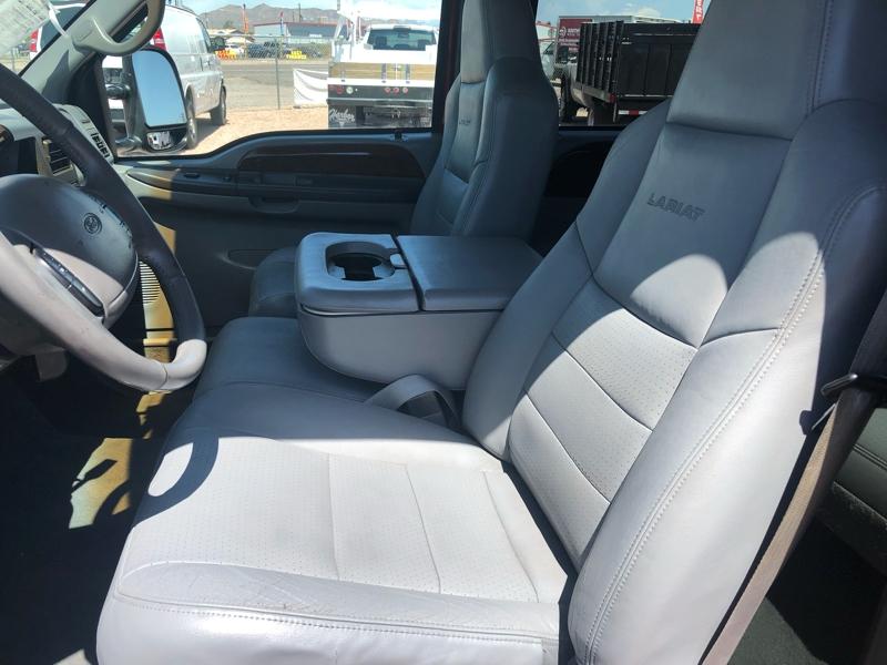 Ford Super Duty F-350 DRW 2002 price $16,995