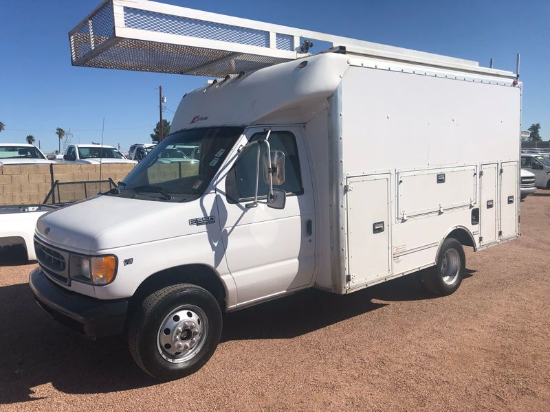 Ford Econoline Commercial Cutaway 2001 price $8,995