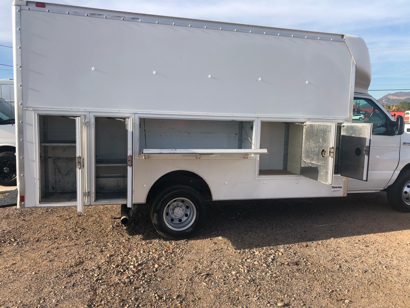Ford Econoline Commercial Cutaway 2006 price $13,995