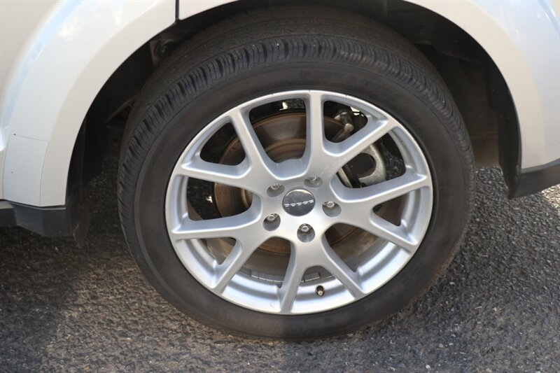 Dodge Journey 2013 price $13,491