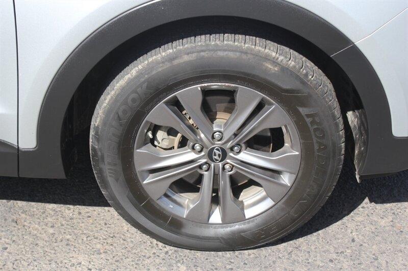 Hyundai Santa Fe Sport 2013 price $11,950