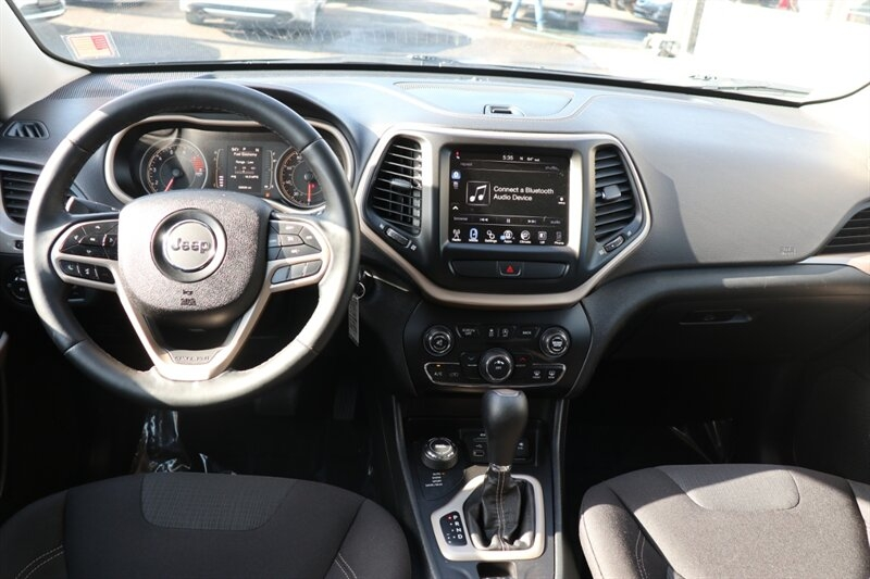 Jeep Cherokee 2017 price $19,991