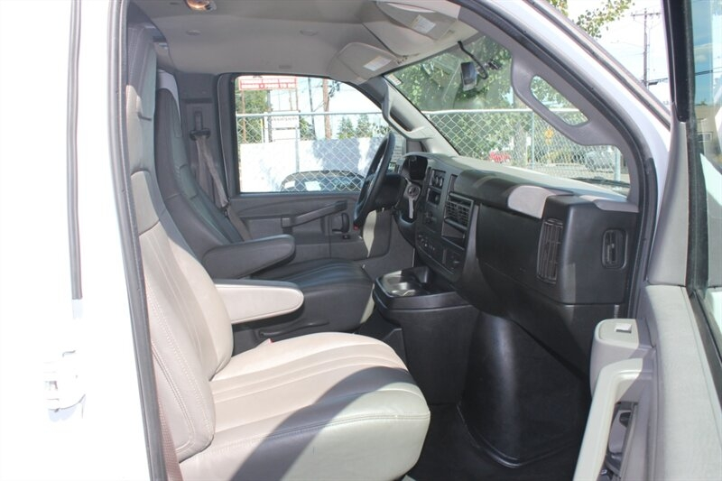 Chevrolet Express 2018 price $20,991