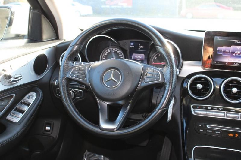 Mercedes-Benz C-Class 2015 price $18,991