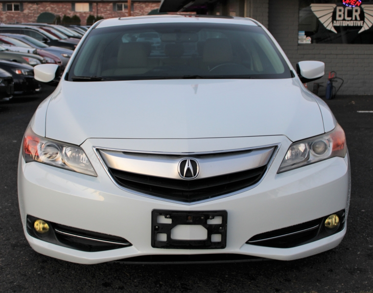 Acura ILX Hybrid, Leather Interior, HTD Seats, Sunroof. 2013 price $10,991