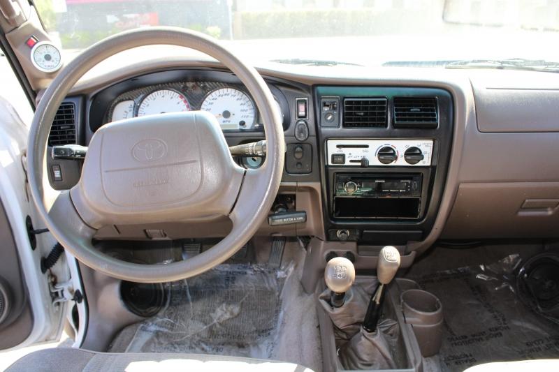 Toyota Tacoma 1999 price $10,991