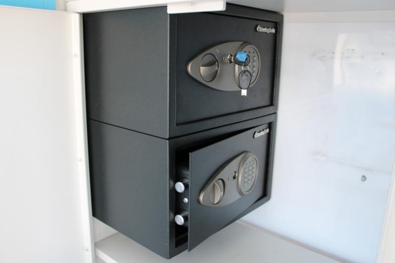 GMC W3S042 W3500 DSL REG 2006 price $36,991