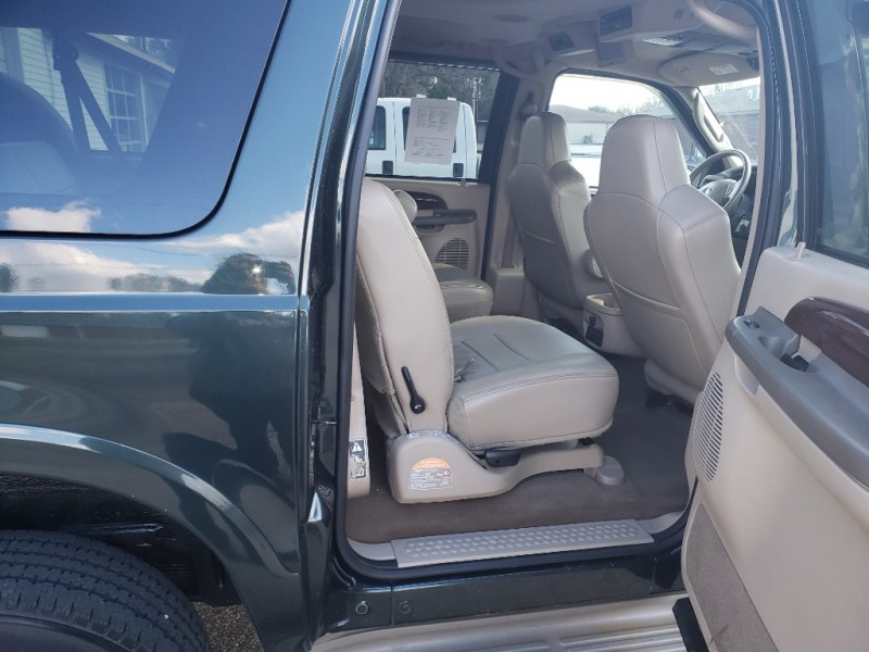 Ford EXCURSION 2003 price $12,995