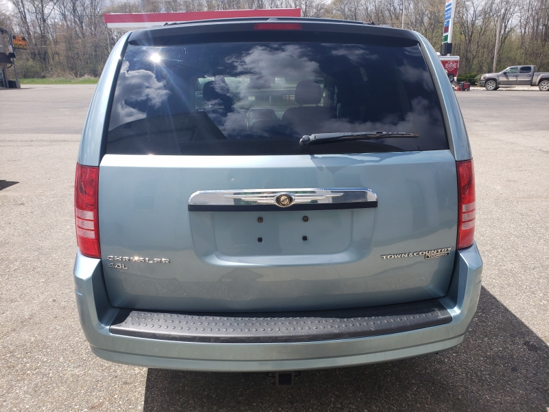 Chrysler TOWN & COUNTRY 2010 price $6,780
