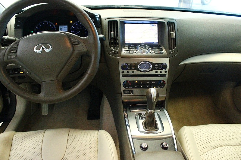 2011 Infiniti G37 Sedan 4dr Journey RWD