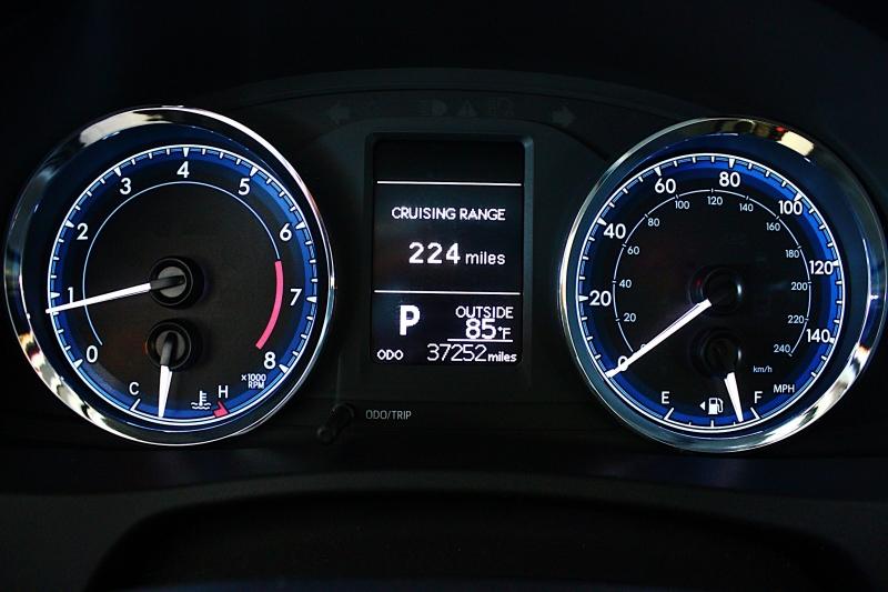 Toyota COROLLA 2017 price $12,690