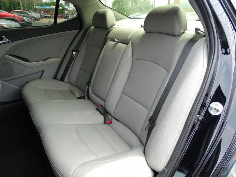 Kia Optima 2015 price $11,500