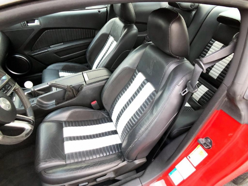 Ford Mustang 2011 price $30,900
