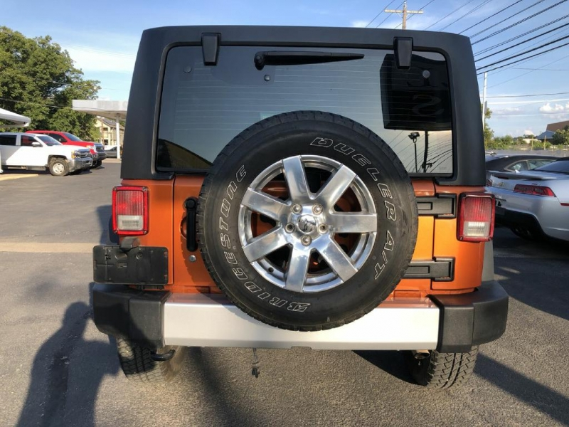 Jeep Wrangler Unlimited 2011 price $19,900