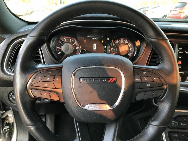 Dodge Challenger 2016 price $20,900